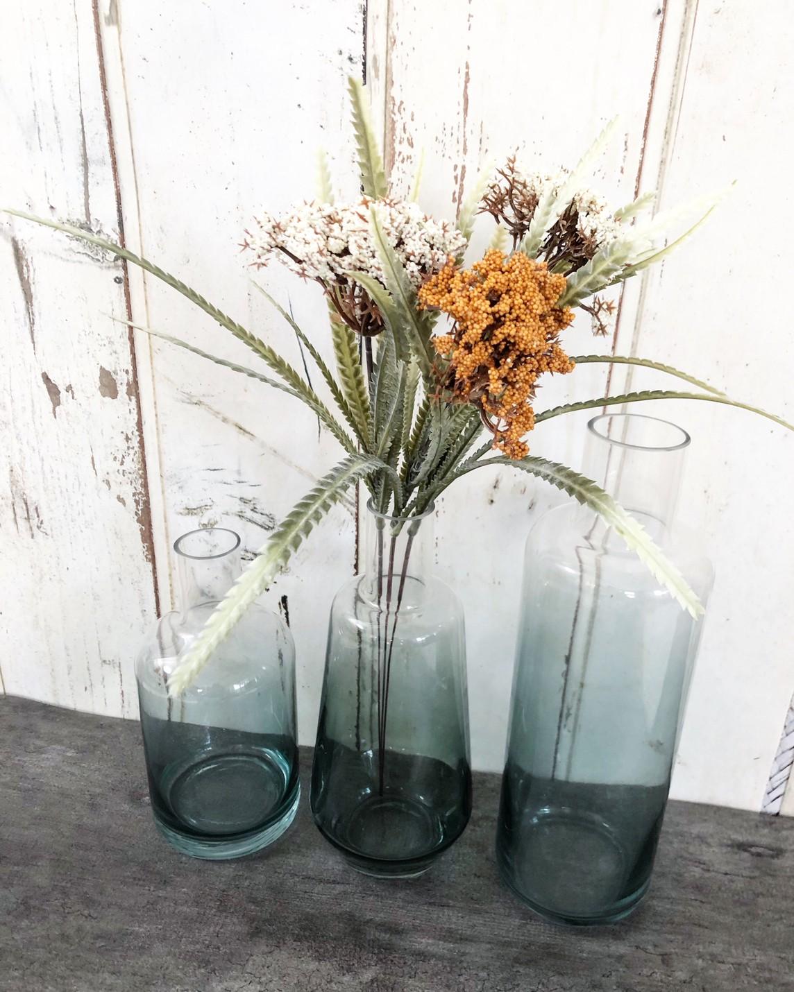 ブルーグラデのガラス瓶(高さ25�)