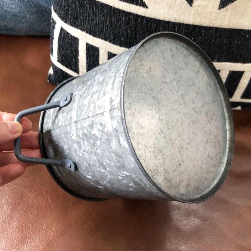 ブリキ鉢カバーM