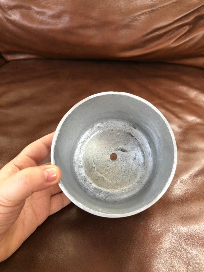 ラウンド型の鉢 (シルバー)