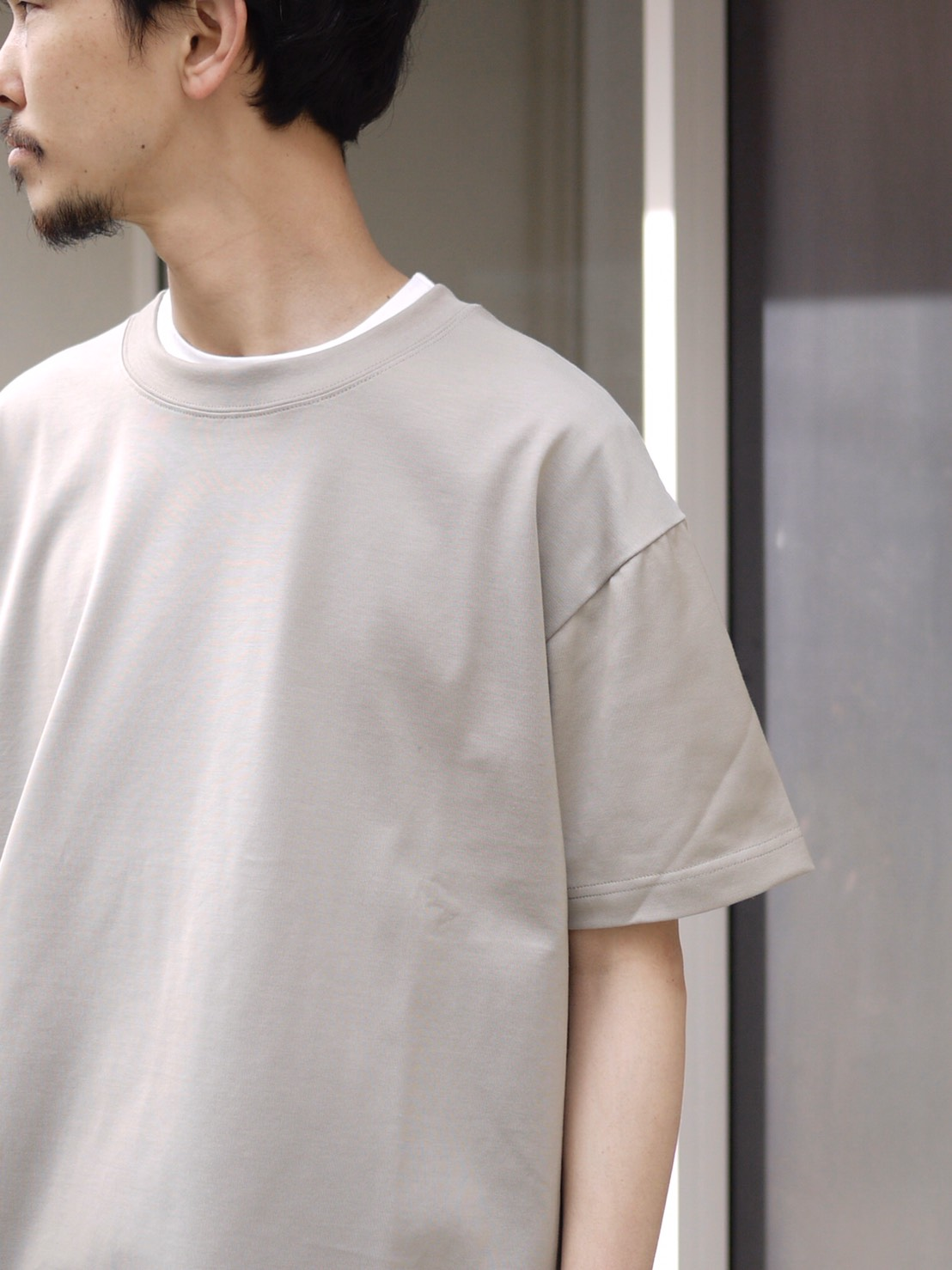 roundabout / S/S Overlap T-Shirt グレージュ