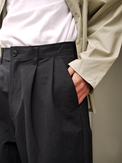 "roundabout / Japanese Paper 2tuck pants ""Black"""