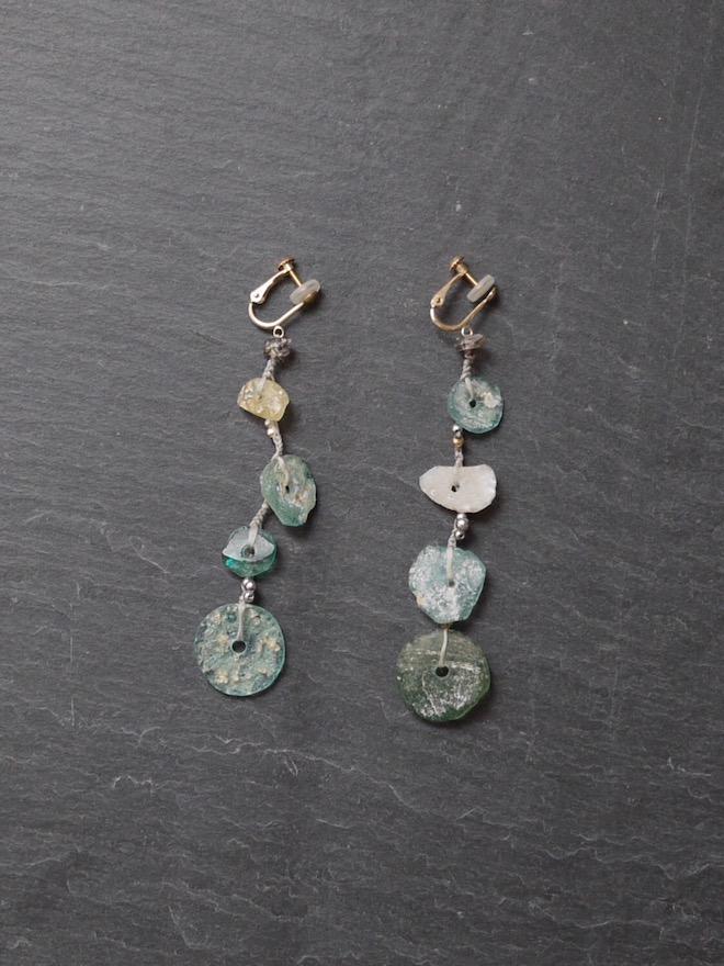 "yasuhide ono /  earrings natural ""roman glass"""