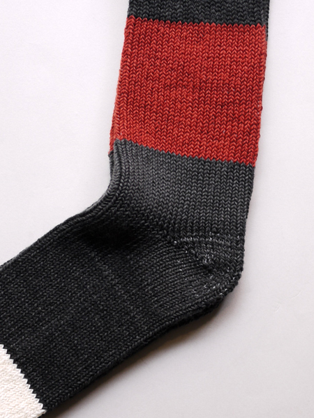 "ASEEDONCLOUD / Seosonal Socks ""Charcoal"""