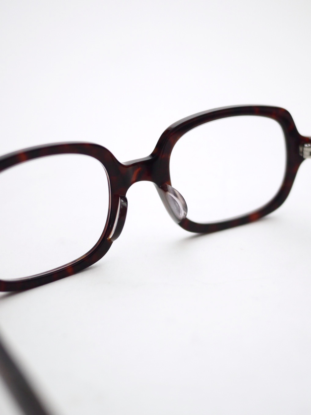 "kearny / ella ""chocolate demi""  (clear lens)"