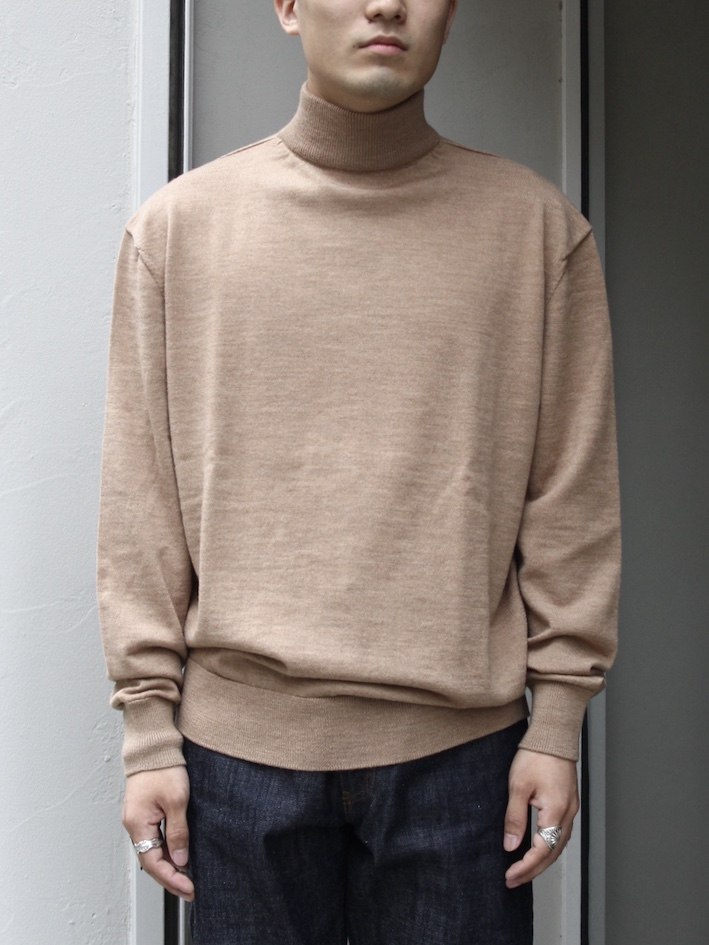 "PETER GEESON /Classic Fit Mock Neck""CAMEL"""