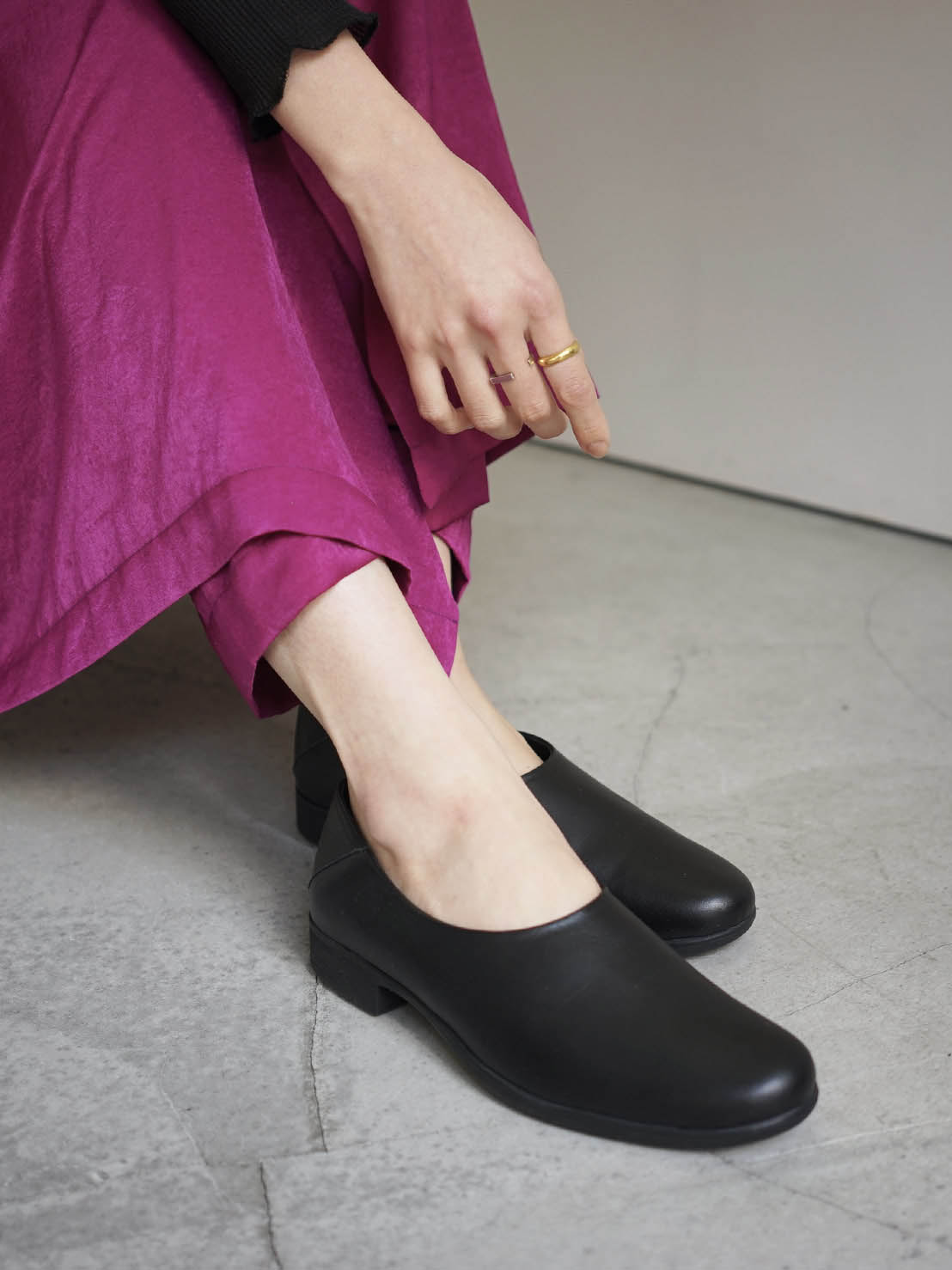 """TRAVEL SHOES by chausser / slip-on """"BLACK"""""""