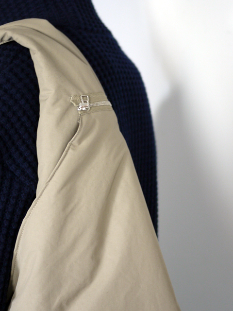 """beta post / Vest bag """"beige"""""""