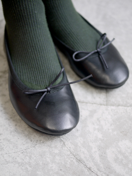 """TRAVEL SHOES by chausser / Ballet shoes """"BLACK"""""""