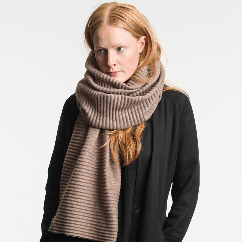 Pleece Long scarf(プリース・ロングスカーフ)マッドブラウン DESIGN HOUSE stockholmデザインハウス・ストックホルム【販売終了】