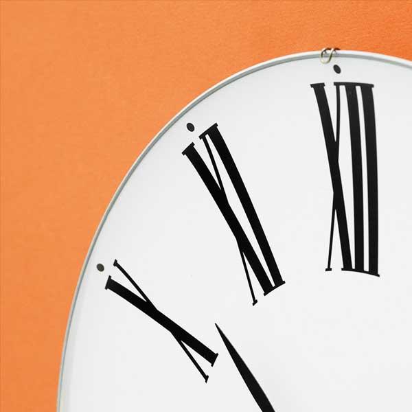 アルネヤコブセン・掛け時計 ROMANローマン 16cm ARNE JACOBSEN WallClock ROSENDAHL COPENHAGEN (ローゼンダール社 コペンハーゲン)