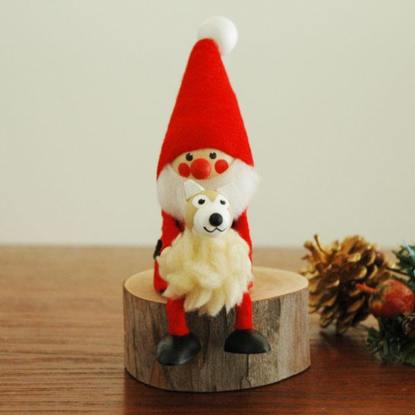イヌを抱いたサンタ NORDIKA design(ノルディカ・デザイン)サンタクロース エストニア・ハンドメイド木製オブジェ・置物
