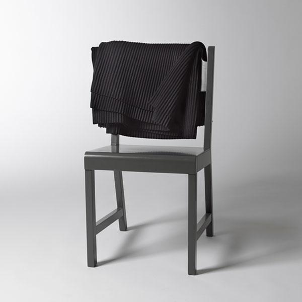 Pleece Throw(プリース・スロー)ブラック ひざ掛け DESIGN HOUSE stockholmデザインハウス・ストックホルム