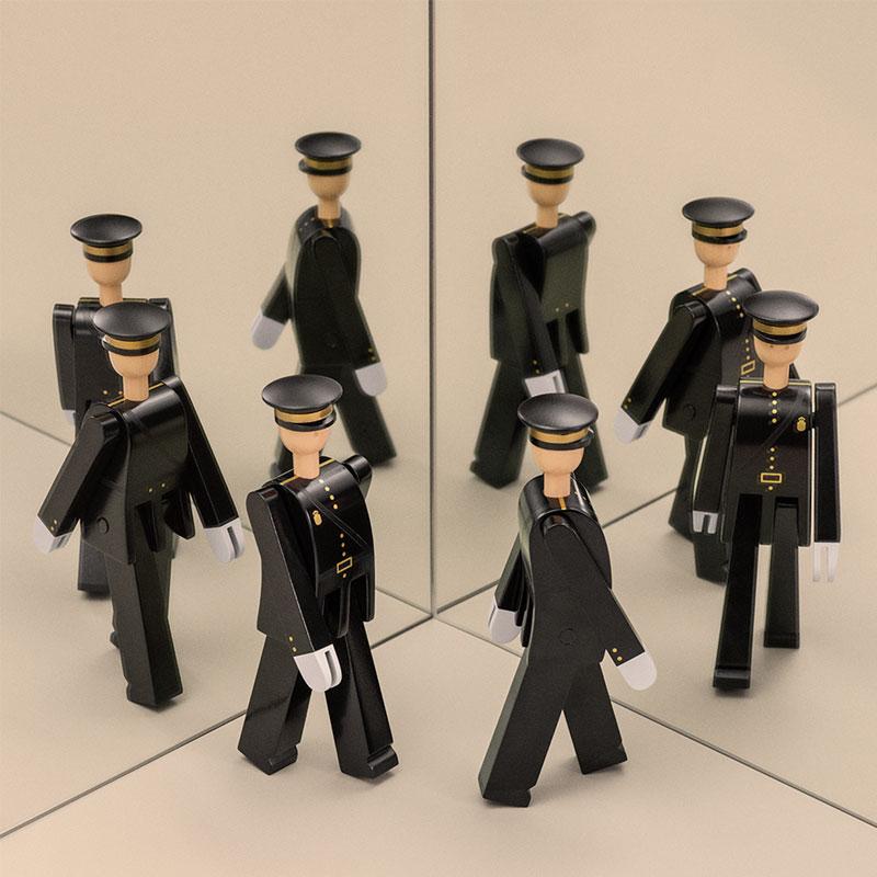 Kay Bojesen(カイ・ボイスン)POLICEMAN(ポリスマン) 警察官 木製オブジェ デンマーク