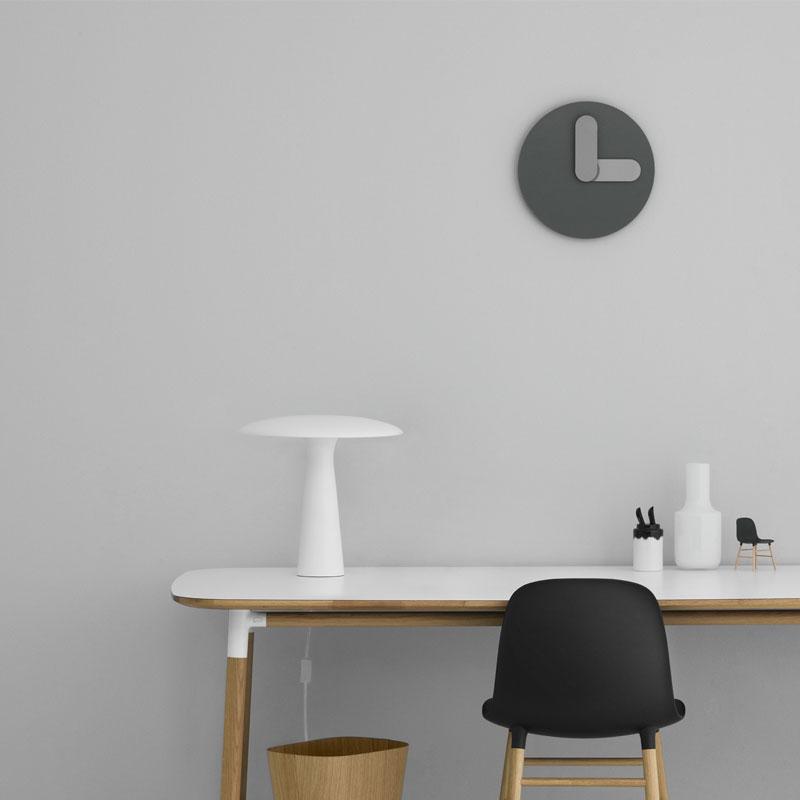 Bold Wall Clock(ボールド・ウォールクロック)グレー 35cm 壁掛け時計 normann COPENHAGEN(ノーマンコペンハーゲン)