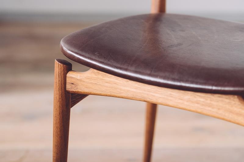 AG-M Chair