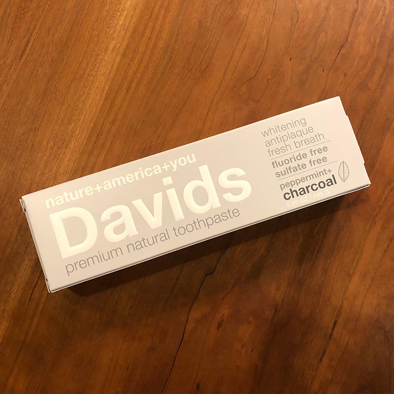 Davids ホワイトニングトゥースペーストC(チャコール)