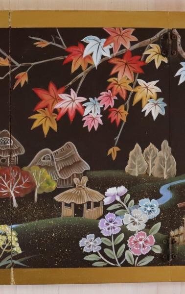 トールペイントご自分で描く図案付白木素材  4曲屏風(小) 里の秋 cwk-246 丁番6ヶビス付き 季節を描いた小ぶりの屏風。