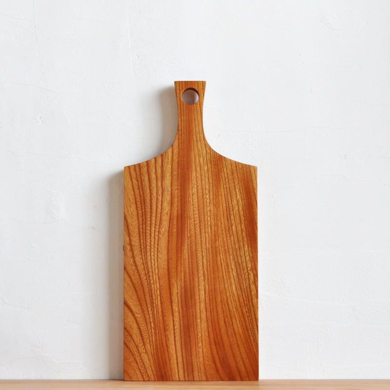 欅のカッティングボード