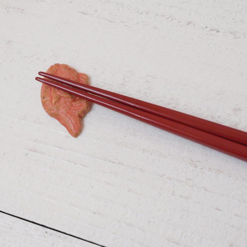 縁起物シリーズ 箸置き / 鯛・紅