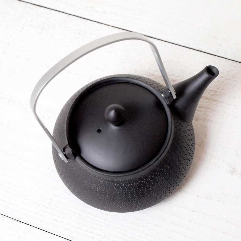 常滑焼 tea pleats 釜形土瓶 / ブラック