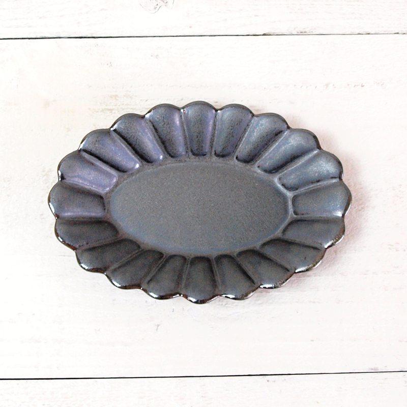ポテリエ オーバルプレート S / ブラック