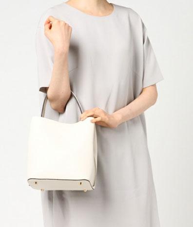 ◇◆◇ Magia ◇◆◇ ワンハンドルバッグ 2Way  ホワイト