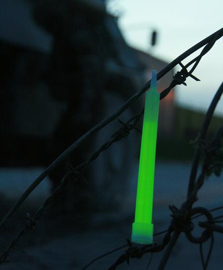 HIDISC キャンプ、夜釣りに最適!明るい高品質スティックライト CYALUME スナップライト 緑色 2本セット