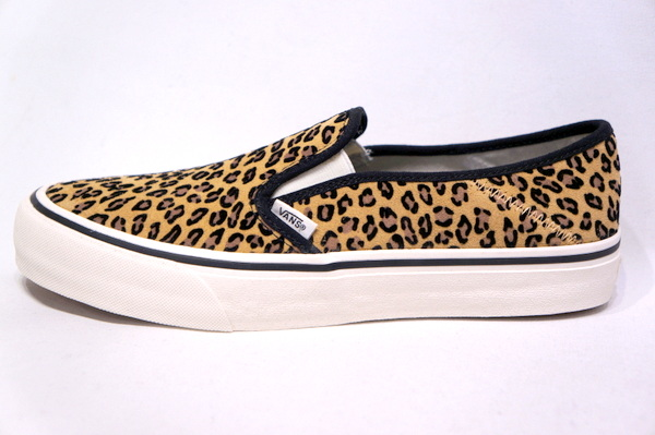 【VANS SURF】 SLIP ON SF -MINI LEOPARD SUEDE MARSHMALLOW- VN0A3MVDTTS
