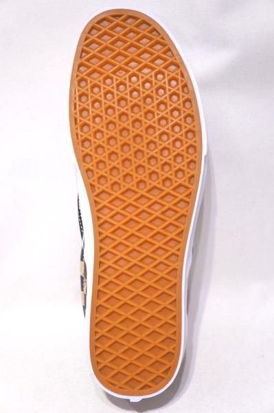 【VANS LIFESTYLE】 CLASSIC SLIP ON -CHECKER BOARD CAMO DESERT TRUE WHITE-VN0A4BV3V4P