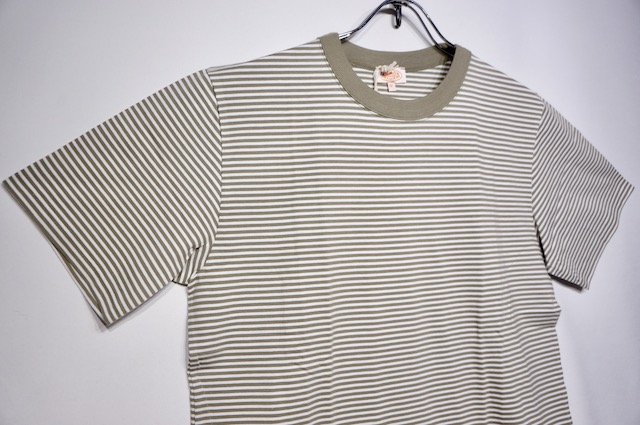【ARMOR LUX】T SHIRT HERITAGE -WHITE OLIVE-