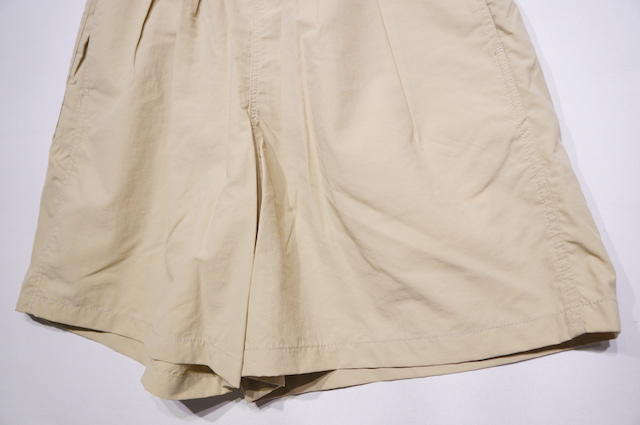 【BARLAP OUTFITTER】TRACK SHORT SOLID -SAND-