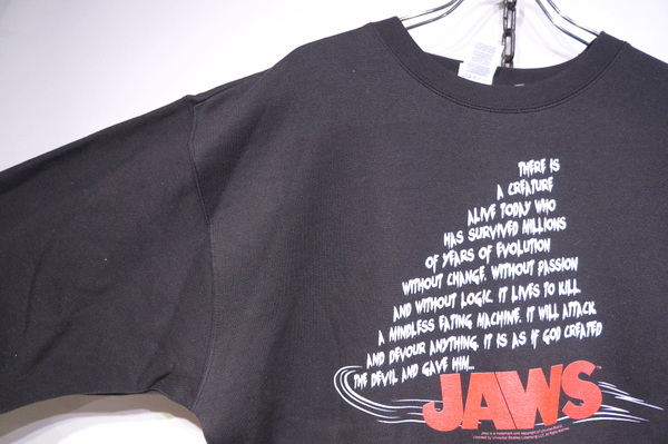 【THRIFTY LOOK】 PRINT CREW NECK SWEAT-JAWS BLACK-