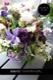 藍碧 - ranpeki【9月の花】高嶺の花 ハイドランジア 色変わりのアジサイに季節の実ものを添えたアレンジです。 ~ [ ロースタイルアレンジメント ]  ホワイトバスケット