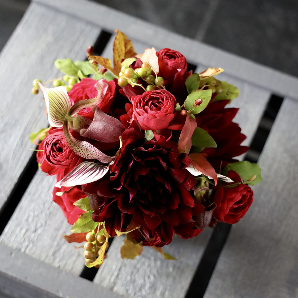 アレンジメント M 赤銅色 Shakudo-iro 花器付きダリアのギフト ★季節限定 9/1~11/30