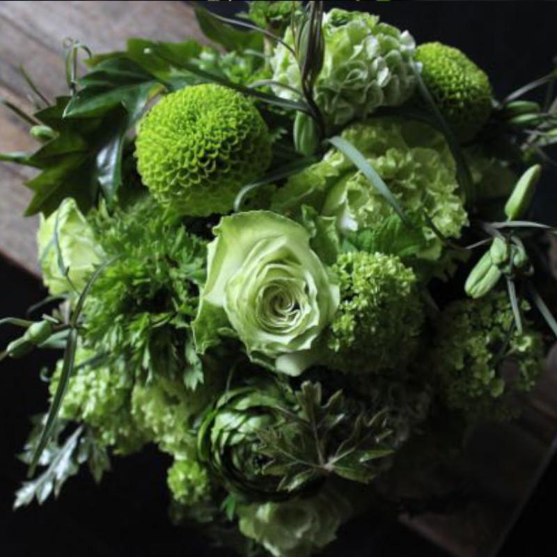 常盤色 ~ グリーン色の花でまとめたアレンジメント ~ [ アレンジメント L size ]