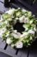 ★ 爽白  ~ ラグジュアリーの王道、ホワイト&グリーンを都会的な庭園をイメージしたアレンジで   [ フラワーリース 38cm ]    都心エリア限定配送