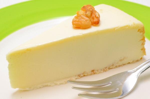 ニューヨークチーズケーキ プレーン(ホール910g・14カット・直径約20cm)