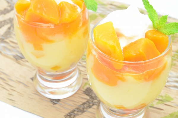 送料無料 冷凍マンゴー 合計2kg・500g×4パック カットマンゴー 冷凍フルーツ ヨナナス 冷凍果実