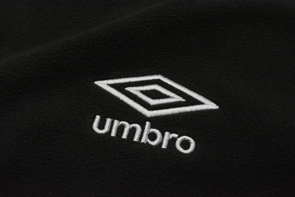 UM280 umbro ブランケット