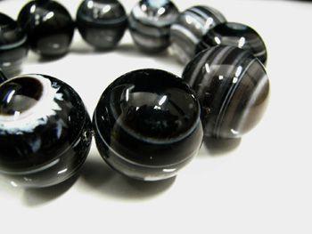 ブラック天眼石ブレスレット 20mm玉
