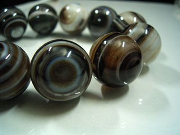 天眼石ブレスレット 20mm玉 (チベットメノウ)