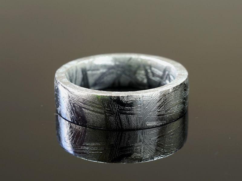 ギベオン隕石 リング・指輪 (ホロリスカット)