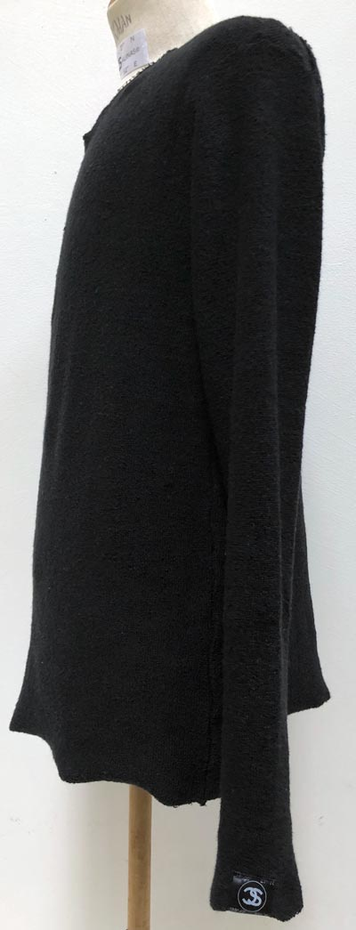 """MT2877 """"Big Pile Knit FCT_M Crown Emb & Swaro"""" V-Neck L/S #09 BLK"""