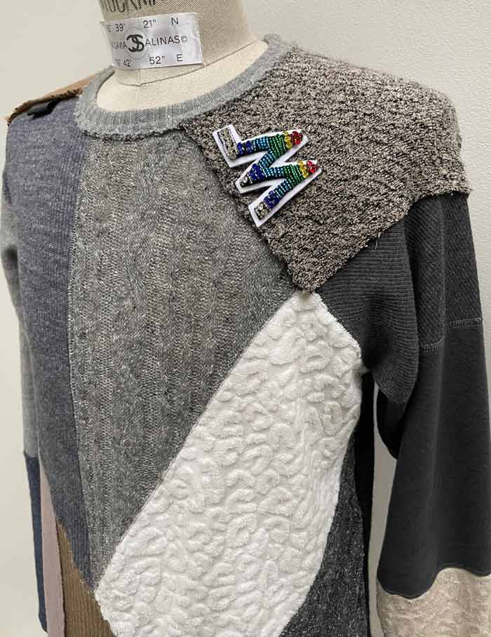 """MT2927 14 MIX KNIT PATCHWORK L/S  """"with _M. Brooch"""" #12 GRY x BEG"""