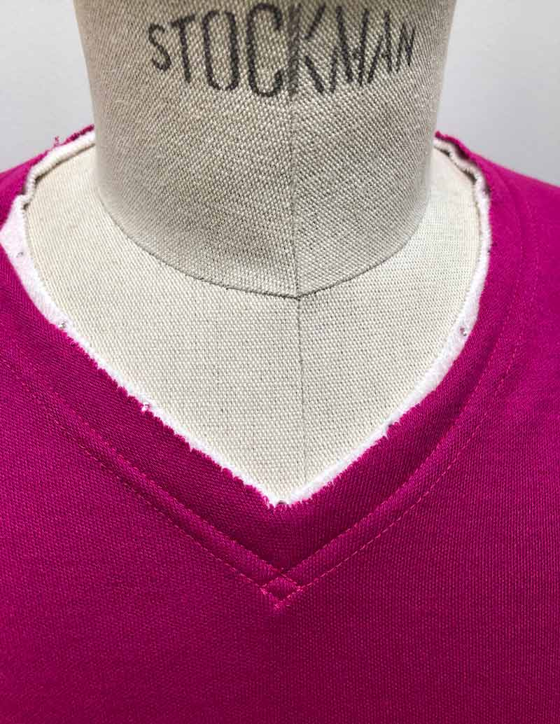 MT2841 AW x Valor Bottle V-Neck L/S TEE #24 Fuchsia Pink x Crystal