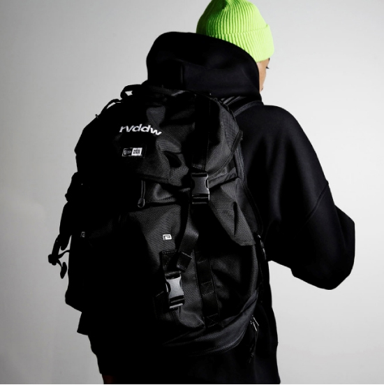 reversal リバーサル NEW ERA® × rvddw UTILITY 4 POCKET PACK 40L