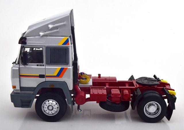 新品 RK180074 ROAD KINGS 1/18 イヴェコ Turbo Star 1988 silver