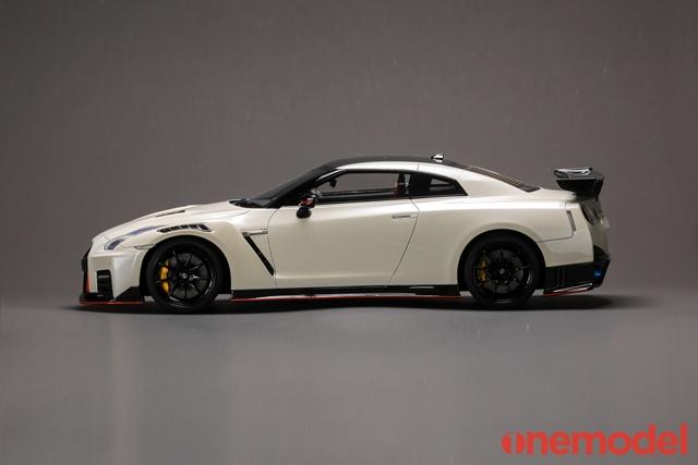 予約 21C03-01 onemodel 1/18 日産 GT-R Nismo 2020 Pearl White