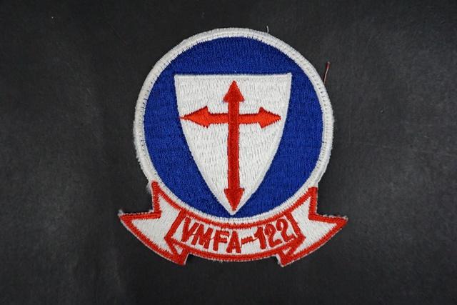 ワッペン USMC アメリカ海兵隊 VMFA-122 第122戦闘攻撃飛行隊 (縦 8.8×横 7.5)/中古