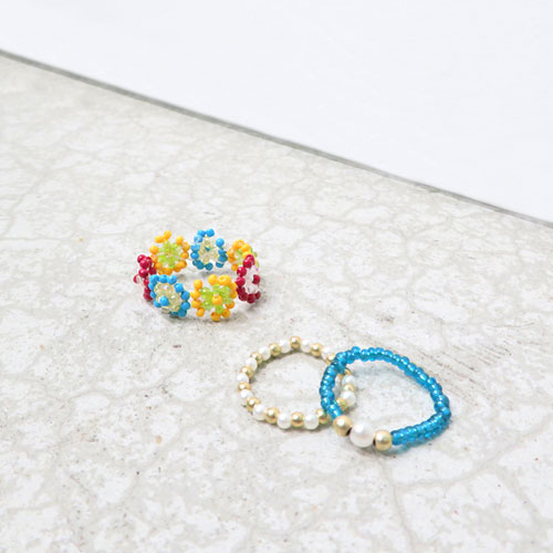 -beaded accessories-フラワービーズリング-3本セット・A-【アレオリ】